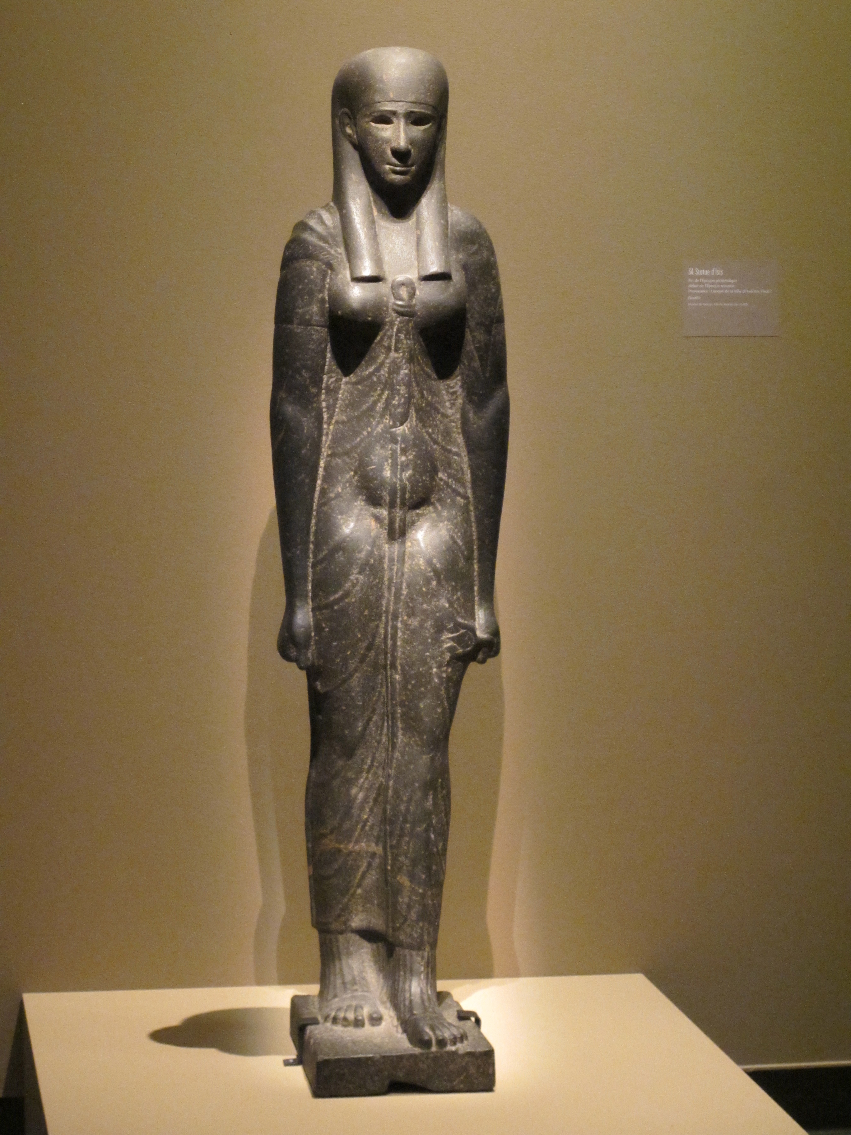 The Myth Of Cleopatra Articles From Paris